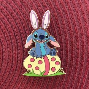 Disney Auction Le Stitch Pin